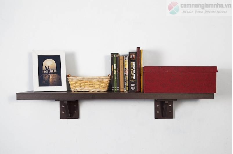 Mẫu 8: Kệ treo tường đơn giản