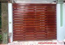 Cửa cổng sắt 4 cánh giả gỗ