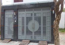 Cổng sắt 4 cánh đơn giản cho nhà phố an toàn 3