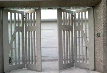 cổng sắt xếp