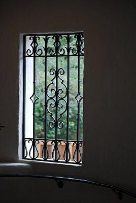 Thanh song sắt chắn cửa sổ đẹp