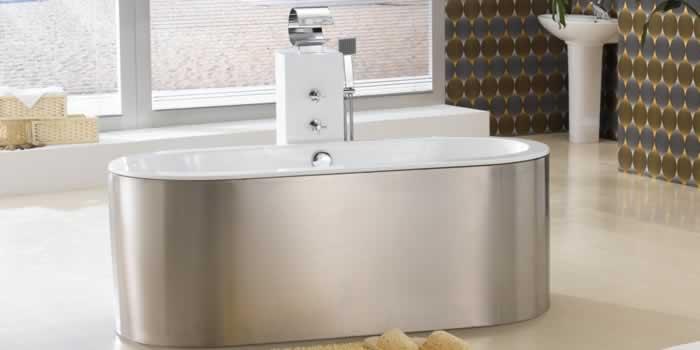 Bồn tắm hình bầu dục được sử dụng khá phổ biến trong các gia đình
