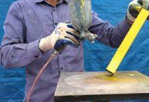 Thi công sơn sắt mạ kẽm bằng máy phun