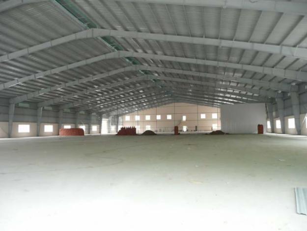 Mái tôn nhà xưởng khi nhìn bên trong