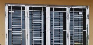 So sánh chi tiết nhất cửa sắt và cửa nhôm